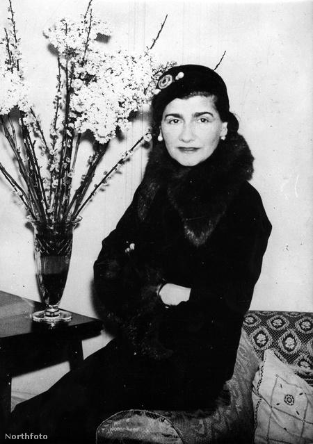 Coco Chanel a párizsi Ritzben halt meg természetes halállal