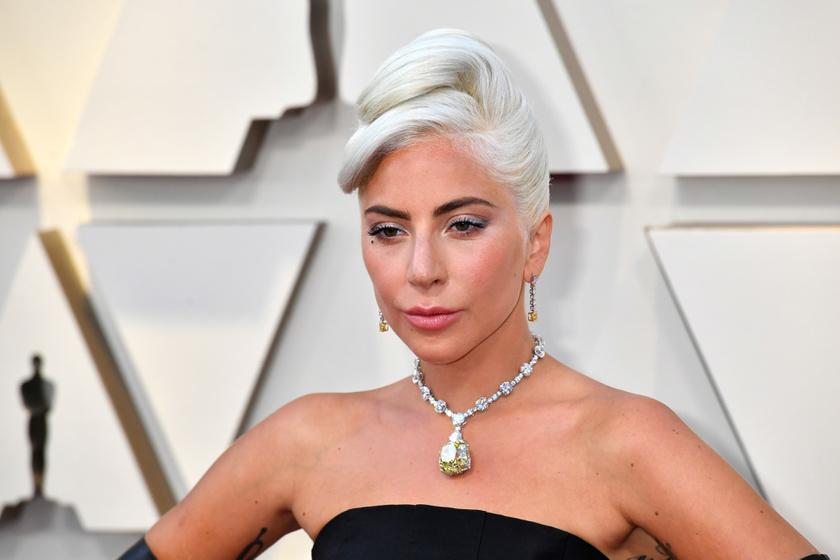 Lady Gaga estélyijén ámult mindenki az Oscaron - Képeken a legszebb ruhák