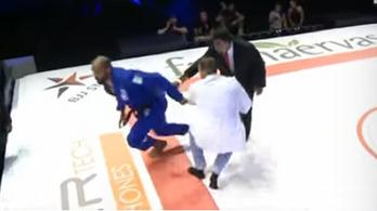 Bekattant a jiu-jitsu-világbajnok, a nézőket kezdte csépelni