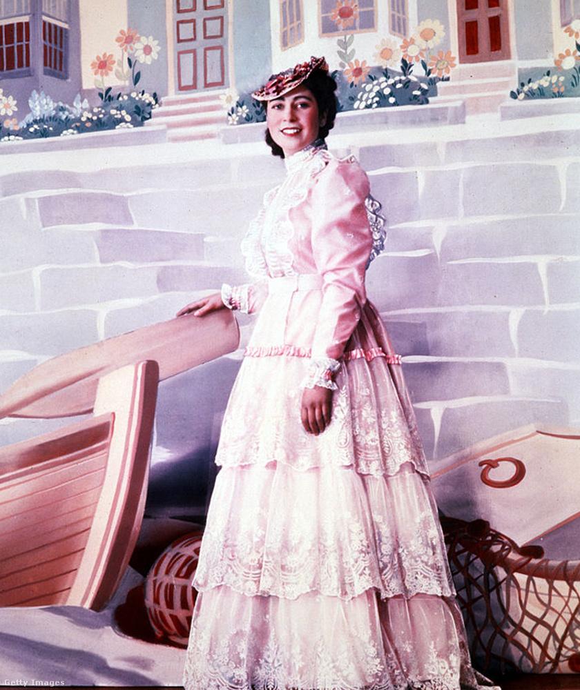 Erzsébet hercegnő 1944-ben, 18 évesen.