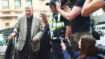 Pedofíliában bűnös a Vatikán kincstárnoka