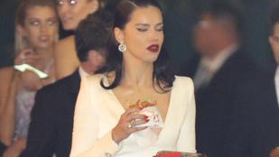 Adriana Lima jól behamburgerezve érkezett az Oscar after partyjára