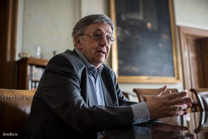 Lovász László, az MTA elnöke