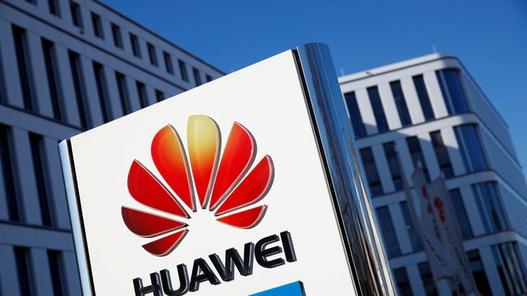 Európának be kell keményítenie a kínai techcégekkel szemben