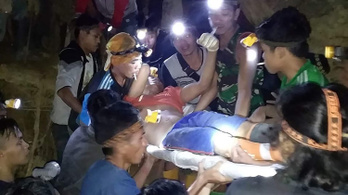 Hatvan emberre omlott rá egy illegális aranybánya