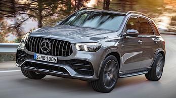 A Mercedes sem marad le arcnövesztésben?