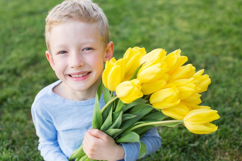 husvet-kisfiu-tulipan
