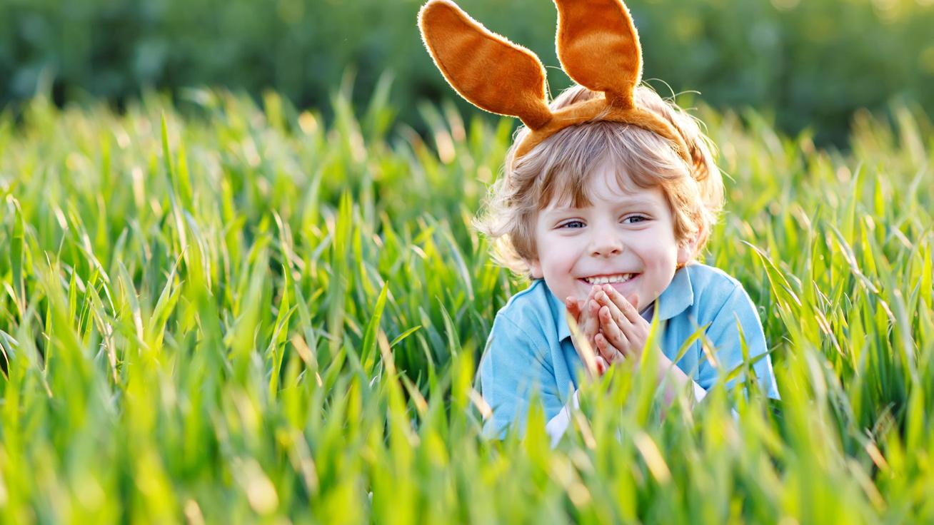 A legédesebb, könnyen tanulható locsolóversek kisfiúknak: ezektől mindenki elolvad