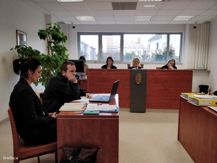 A másodfokú eljárás előző tárgyalása Szert Boglárka részvételével