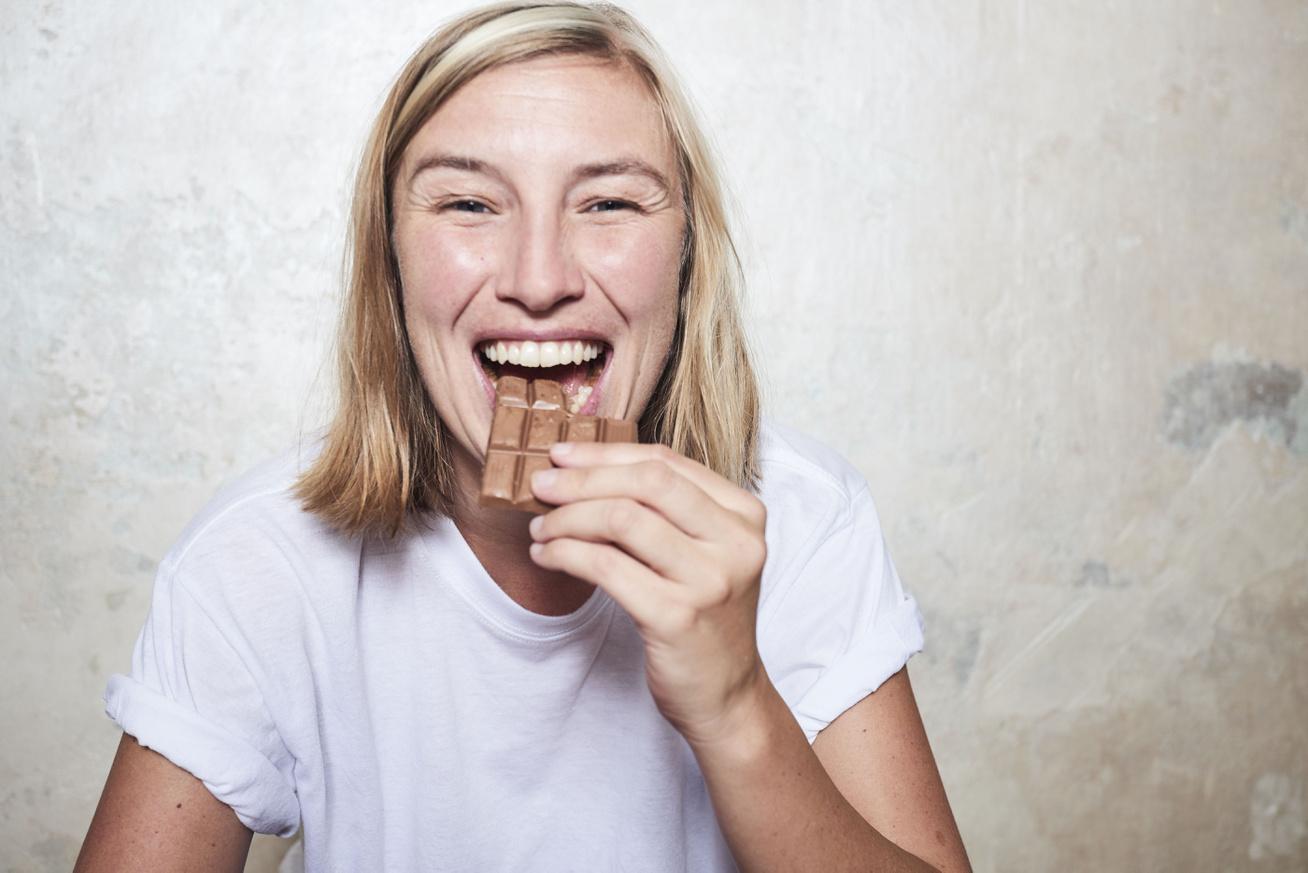 etel-jutalmazas-csoki-boldogsaghormon