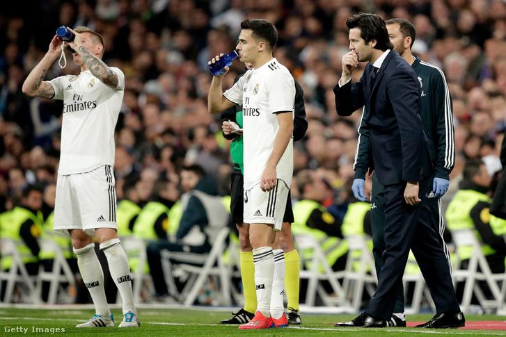 Kroos, Valverde és Solari edző