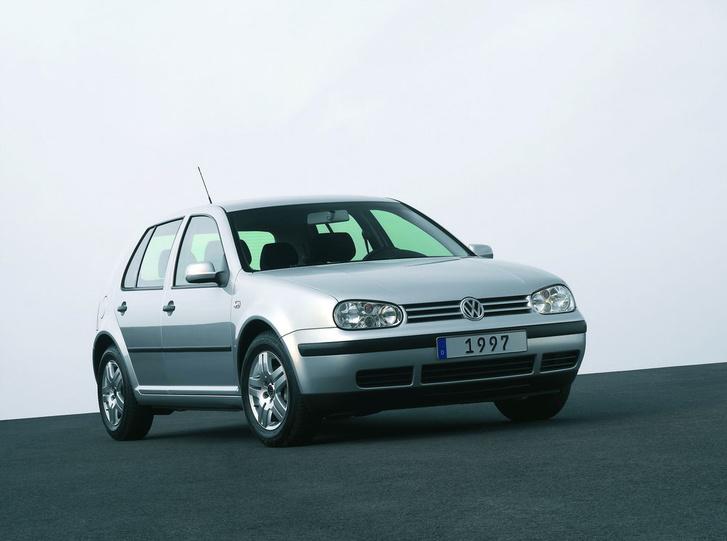 VW Golf 13