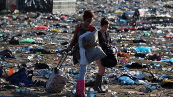 A Glastonbury-fesztivál idén leszámol a PET-palackokkal