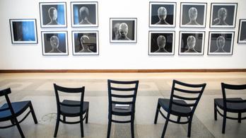 Senki sem jár jól a David Lynch-kiállítással