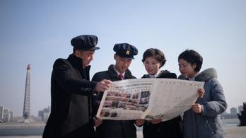 Egy nap kellett, hogy az észak-koreai állami hírügynökség is beszámoljon a Trump-Kim-csúcstalálkozóról