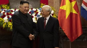 Kim Dzsongun ott maradt még Vietnámban két napra