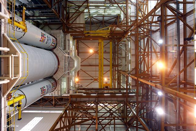 A tervek szerint március 9-én startol, hogy a nemzetközi űrállomásra felszerelést, utánpótlást juttasson az automata teherűrhajó, amit február 9-én szereltek be az Ariane rakterébe.