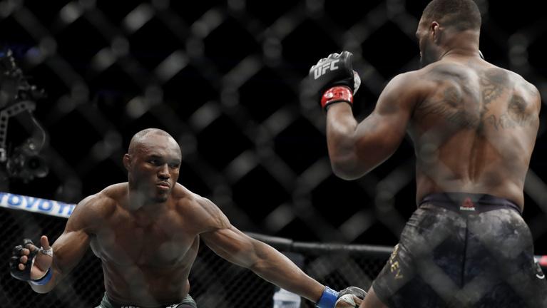 Az MMA-ban is megszívathat a bíró