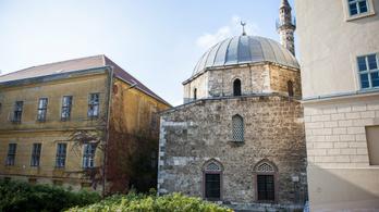 Nem szóltak előre a muszlimoknak Pécsen, hogy bezárják az imahelyüket