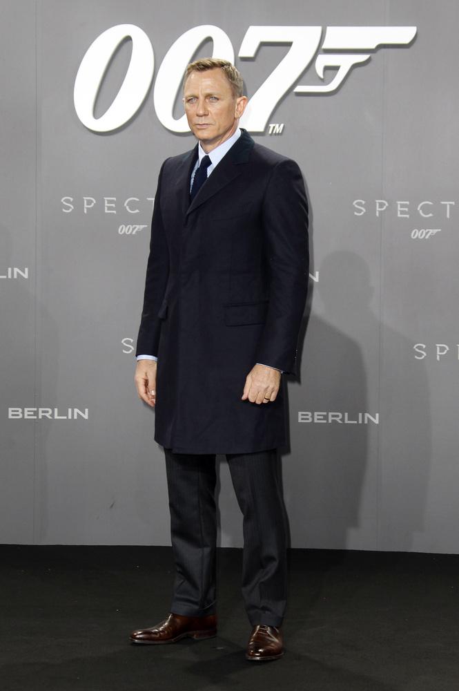 Áprilisban kezdik forgatni a legújabb James Bond filmet, amiről pár napja derült ki, hogy Shatterhand néven fut majd