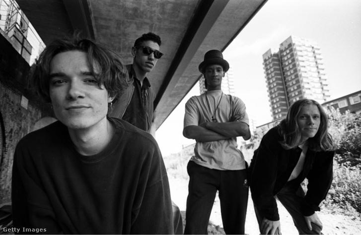 Prodigy tagjai 1991-ben, Londonban. Balról-jobbra: Liam Howlett, Leroy Thornhill, Maxim Thornhill és Keith Flint