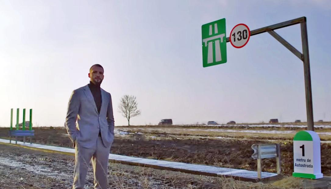 Saját pénzén egy méter autópályát épített, hogy így tiltakozzon a moldvai vállalkozó
