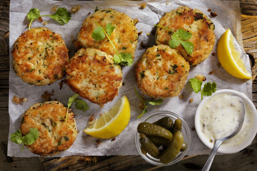 Ropogós halpogácsa a böjt jegyében: egészséges finomság olajszag nélkül