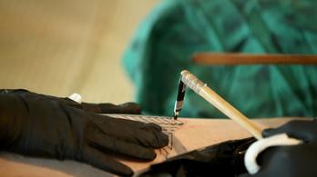 Emberi csontból készült, 2700 éves tetoválókészletet találtak