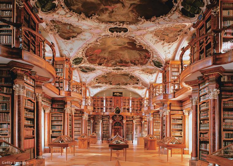 Stiftsbibliothek Sankt Gallen SvájcA Stiftsbibliothek Sankt Gallen Svájc legrégebbi és egyben a világ legkorábban épült és legfontosabb monostori könyvtára