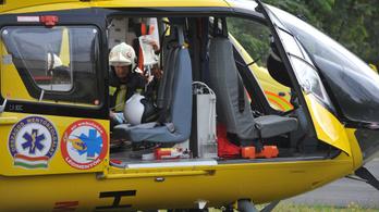Életveszélyes állapotban van a négyéves kislány, aki kiesett az ablakból