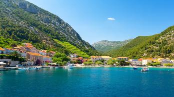 Szennyvíz szivárog a tengerbe a horvát turistaparadicsomban, betegek a kagylók
