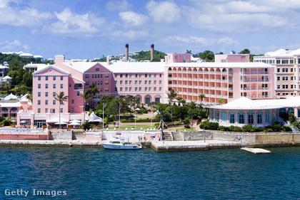 Bermuda Mark Twain egyik kedvenc úti célja volt, nyolcszor utazott ide gőzhajón, utolsó látogatásáról mindössze napokkal a halála előtt tért vissza