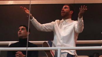 Ramos dokufilmet forgatott a lelátón, miközben kavarása visszaütött