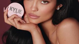 Kylie Jenner 21 évesen lett minden idők legfiatalabb milliárdosa