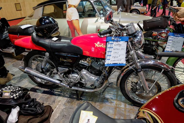 Mindenki álma a Norton 750 Commando Fastback
