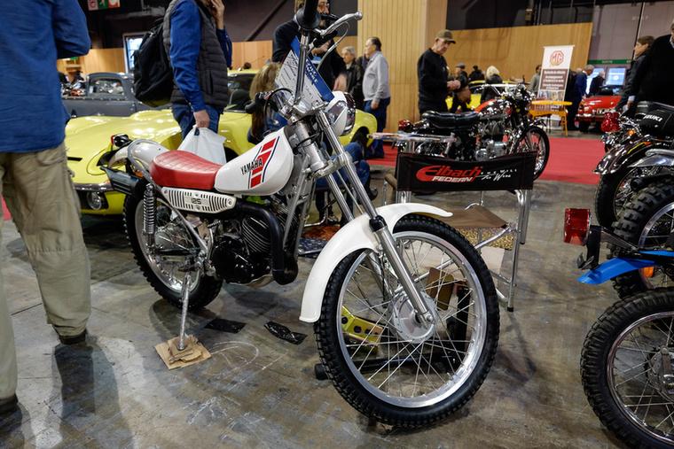 Egy nem túl régi, de vonzó triálgép: 1990-es Yamaha TY125, szinte megszólalt, úgy restaurálták