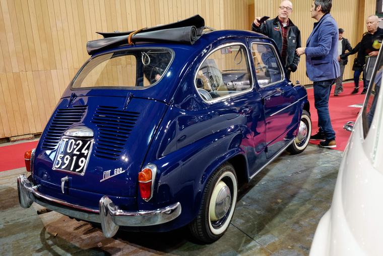 Az 1958-as Fiat 600 Transformabilét 15 ezer euróért mérték