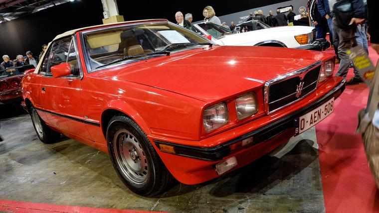 """Így van, már ez a Maserati Biturbo (vagy ahogy a francia kiírta: """"Biturbot""""...) is veterán, hiszen 1986-os"""