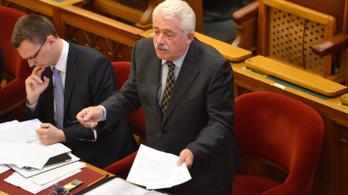 Magas szintű felkészültségükhöz igazodik a Magyar Posta vezetőinek milliós bére