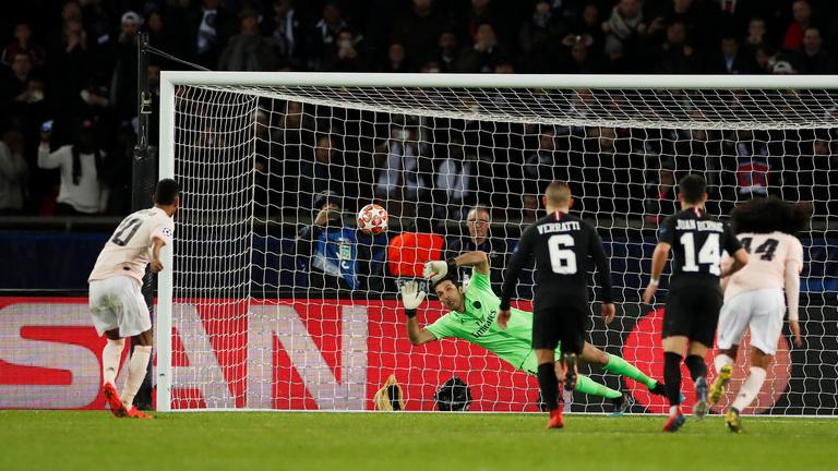 PSG-dráma: 94. perces 11-essel az MU ment tovább, a Porto hoszabbításban verte ki a Romát
