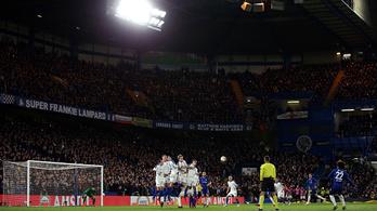 A Chelsea könnyedén verte a Kádár nélküli Dinamót az EL-ben