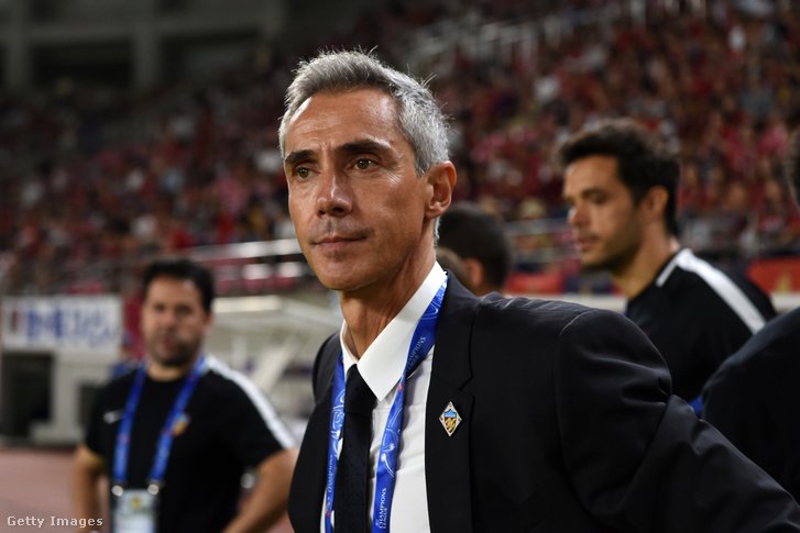 Paulo Sousa, a Tianjin Quanjian vezető edzőjeként 2018. augusztus 28-án