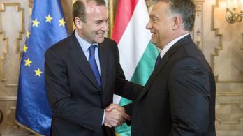 Manfred Weber Budapestre jön, hogy személyesen beszéljen Orbánnal