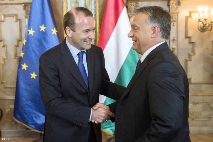 Orbán Viktor miniszterelnök (jobbra) fogadta Manfred Webert, az Európai Néppárt frakcióvezetőjét az Országházban 2015. szeptember 11-én.