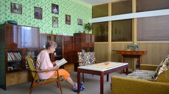 Retró szobát rendeztek be egy cseh kórházban, imádják az idős betegek