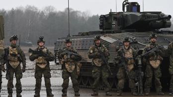 Több szélsőjobboldalit rúgtak ki a német hadseregből, mint amennyit bevallottak