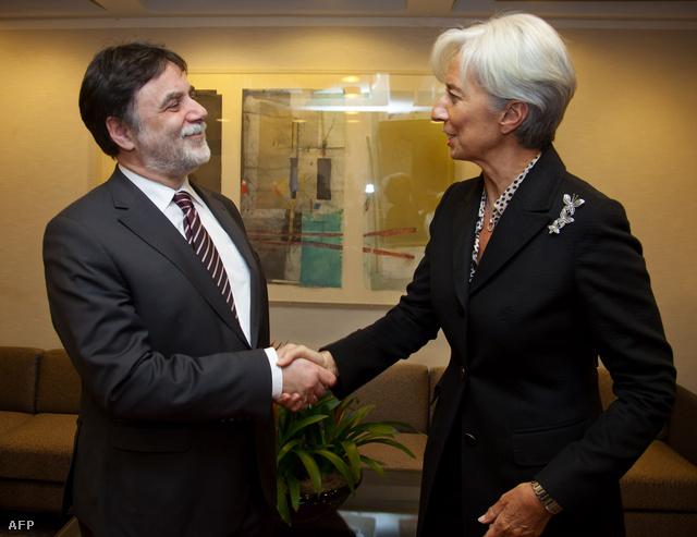 Fellegi Tamás, a nemzetközi pénzügyi szervezetekkel folytatott tárgyalásokért felelős tárca nélküli miniszter és Christine Lagarde, a Nemzetközi Valutaalap vezérigazgatója
