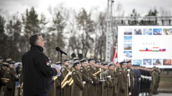 Orbán: A NATO a történelem valaha volt legsikeresebb katonai szövetsége