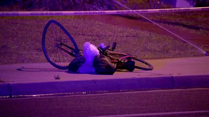 Itt már nem. Valószínűleg a biciklin közlekedő, 49 éves, arizonai nő volt a polgári autonómia első halálos áldozata