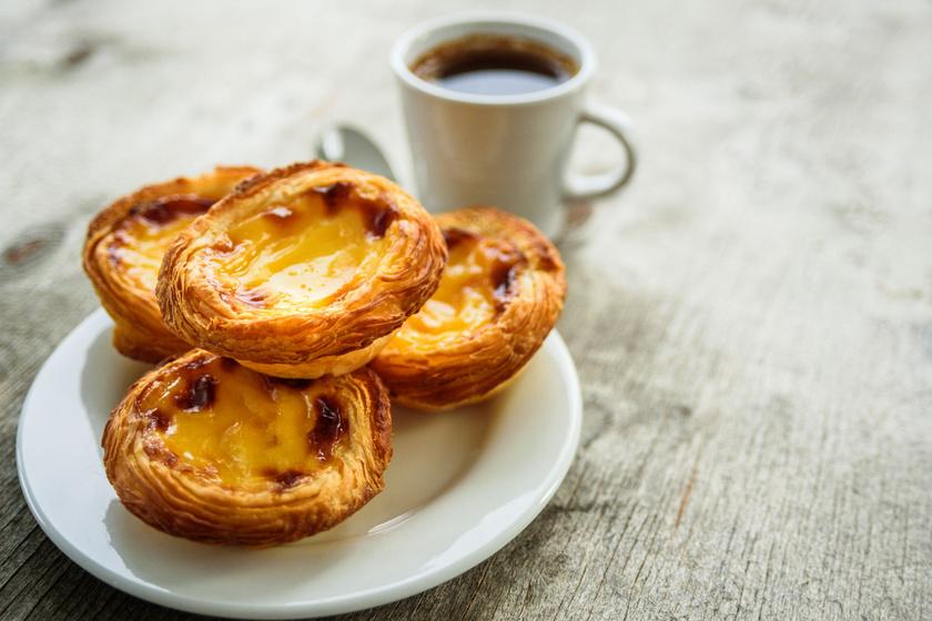 Pastel de nata, avagy a híres portugál kosárka: mennyei krémmel, leveles tésztából